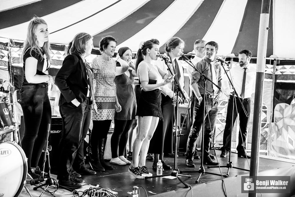 Vox Pop Acappella Choir